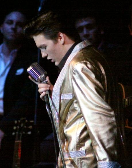 Elvis DL  IMG_9003 (2)